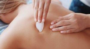 masaj cu uleiuri de masaj